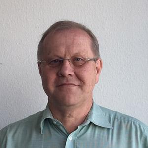Martin Posladek, EGA-Dozent, Steuer, Bilanzierung, KLR, Finanzierung, Investition